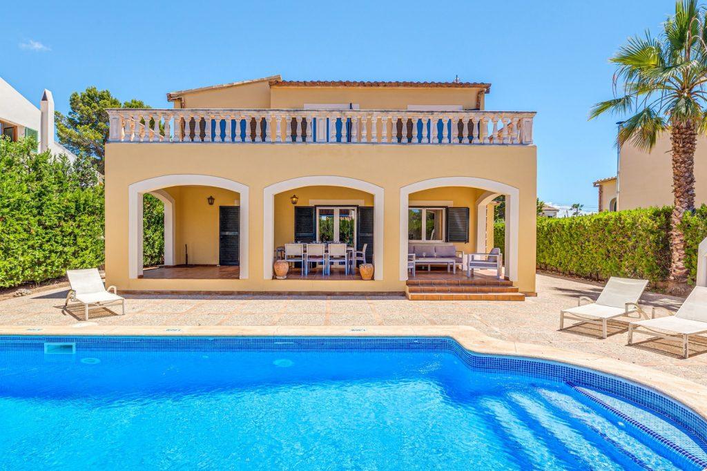 villa paula pool